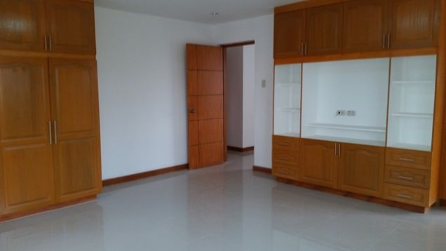 Newly Built House with Modern Design for rent in Hensonville -@P45K - 6