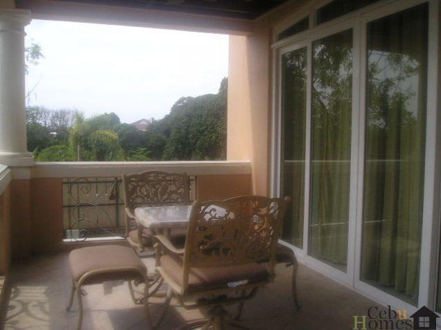 4-Bedroom House with Pool in Ma. Luisa - Banilad - Cebu - 1