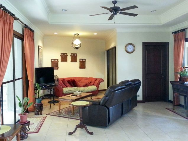 3 Bedroom House with Swimming Pool for Rent in Cebu Maria Luisa Park - 0