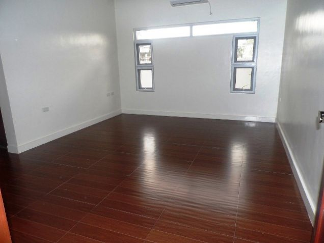 Spacious House with Lap pool For rent -110K - 3