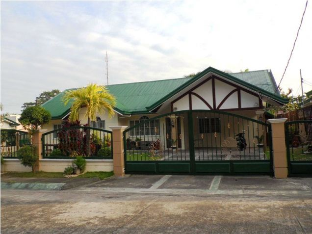 W/Huge Yard House & Lot For Rent In Friendship Angeles City near to CLARK FREE PORT ZONE - 3