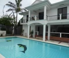 5 Bedroom w/pool house & Lot for RENT in Angeles City - 1