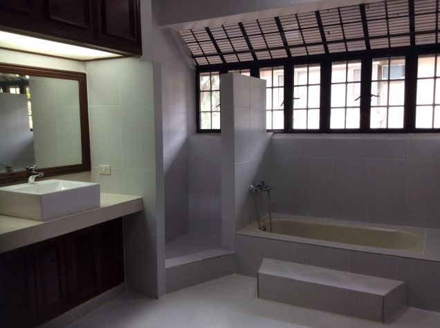 House and Lot for Rent in Green Meadows, 3 Bedrooms, Quezon City, Metro Manila, Jojo Uy - 1