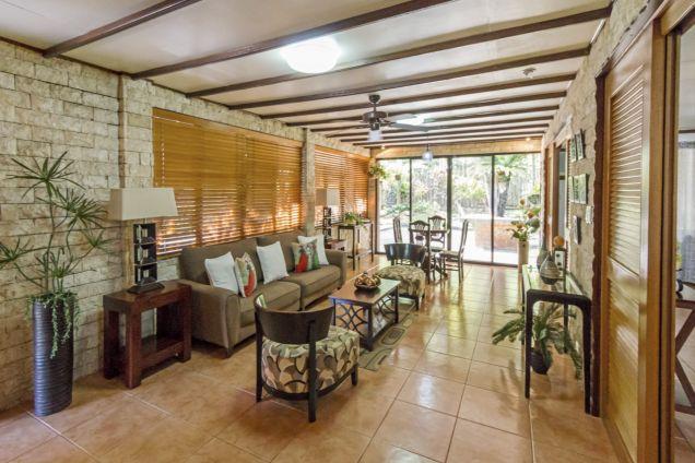 Spacious 8 Bedroom House for Rent in Maria Luisa Cebu City - 0