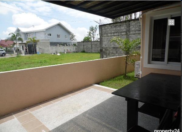 FOR RENT Bungalow House and Lot Near SM Clark - P30K - 9