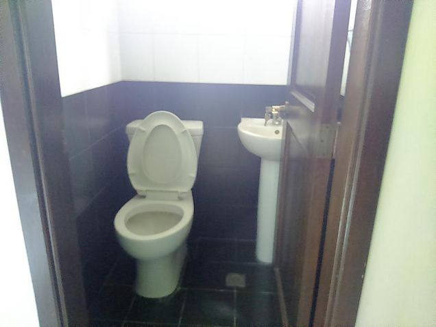 2 Bedroom house in clark freeport zone - 5