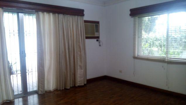 Ayala alabang house for rent with pool 130k - 3