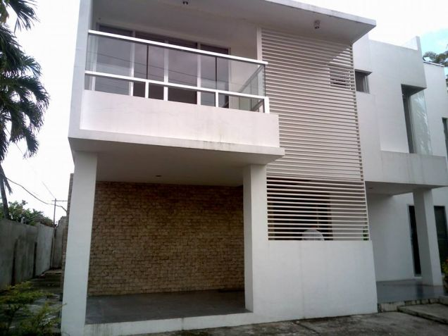 4BR & 5T&B Single-Detached House For Rent at Basak Mandaue - 0