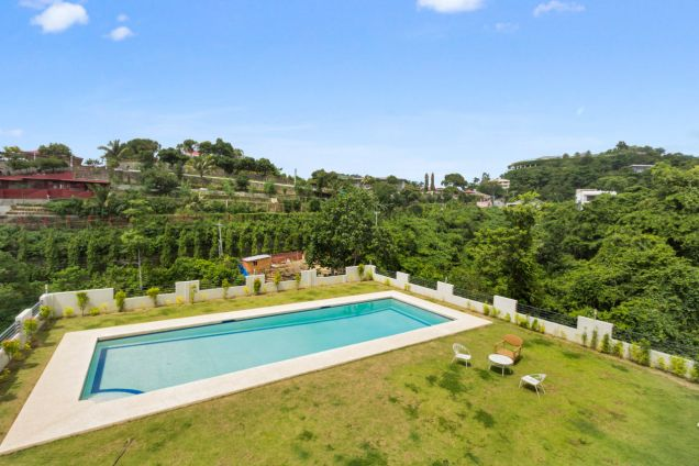 Spacious 7 Bedroom House with Swimming Pool for Rent in Maria Luisa Park - 7