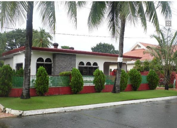 Fully Furnished Bungalow House for rent near SM Clark - 4