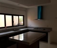 Unfurnished 4 bedrooms for rent in Angeles City - 35K - 2