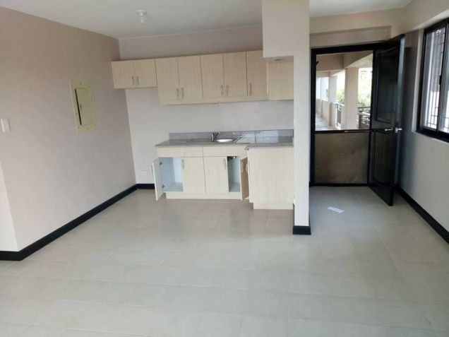 3 Bedroom Ready For Occupancy Unit In Pasig With Parking - 0