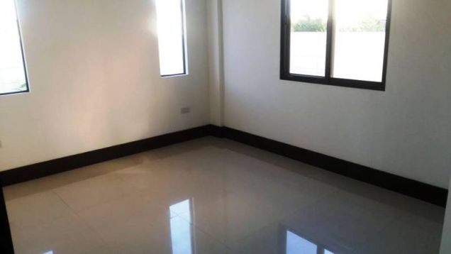 Fully Furnished 3 Bedroom House near SM Clark for rent - 45K - 8