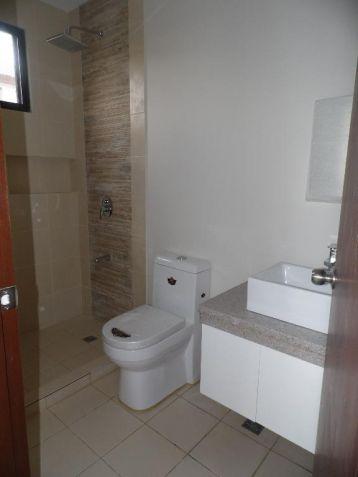 4Bedroom House & Lot For Rent In Hensonville Angeles City... - 3