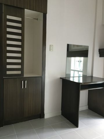 RFO Tagaytay Condo Taal Lake view Studio 2.1M Rent-To-Own Scheme available - 2