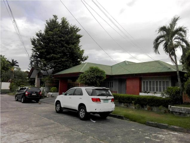 500sqm Bungalow House & Lot For Rent Along Friendship Hiway In Angeles City - 0