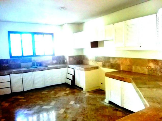 Bungalow House With Garden For Rent In Angeles City - 9