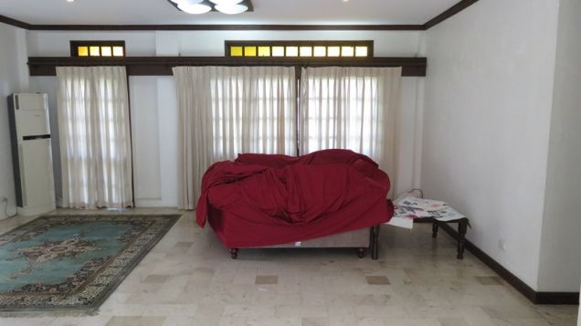 House for rent in Cebu City, Northtown Homes 6-br with swimming pool - 2
