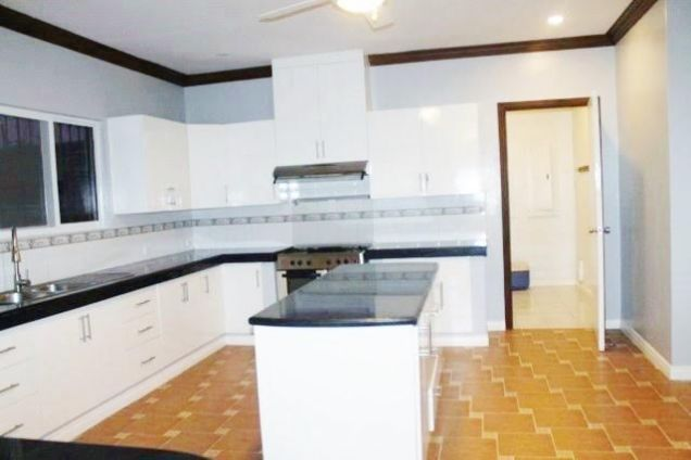 Huge House for Rent with Private Swimming Pool in Angeles City - 8