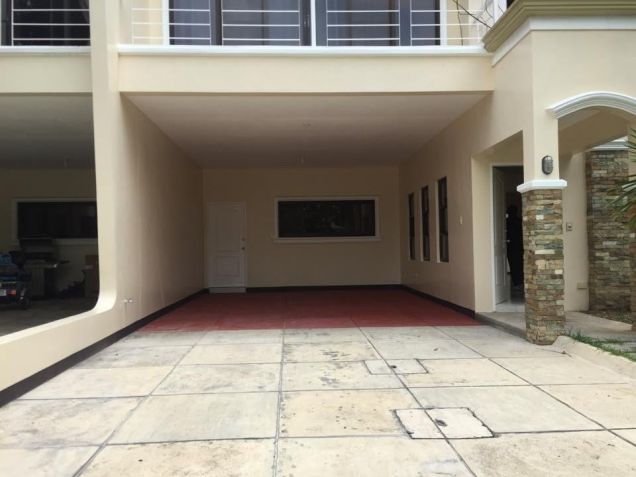 Townhouse With Four Bedroom For Rent In Angeles City - 1