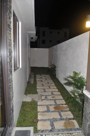 House and Lot for Rent in Mahogany Place III, Taguig City near SM Aura - 9