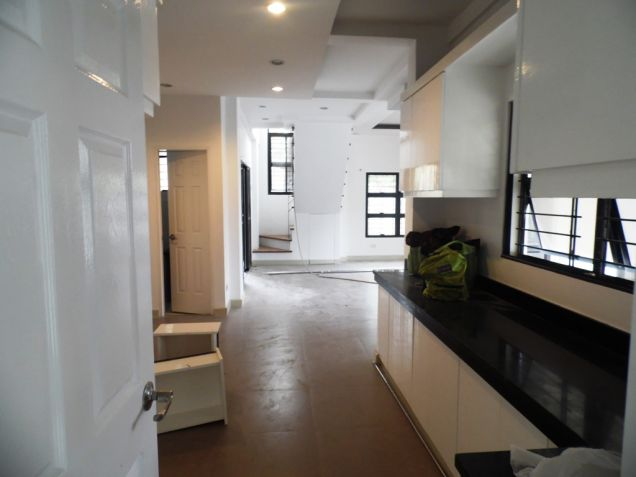4Bedroom 2-Storey House & Lot For Rent In Angeles City Near Clark Free Port Zone - 9