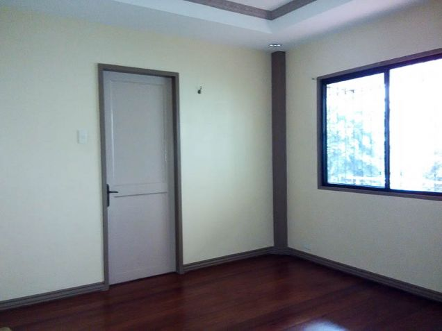 Large 4 Bedroom House with Swimming Pool for Rent in Cebu City Talamban Area - 9