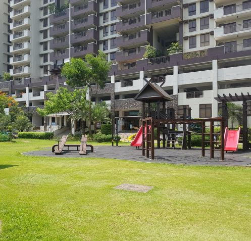 Taguig Condominium Royal Pam Residences 2BR unit near The Fort BGC - 9