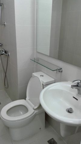 1 Bedroom Semi-Furnished Condo unit for Sale near Makati across Rockwell Center - 3