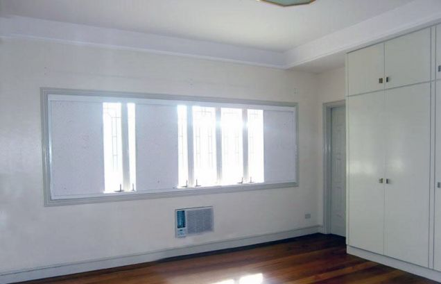 3 Bedroom Spacious House for Rent in San Lorenzo Village Makati(All Direct Listings) - 1