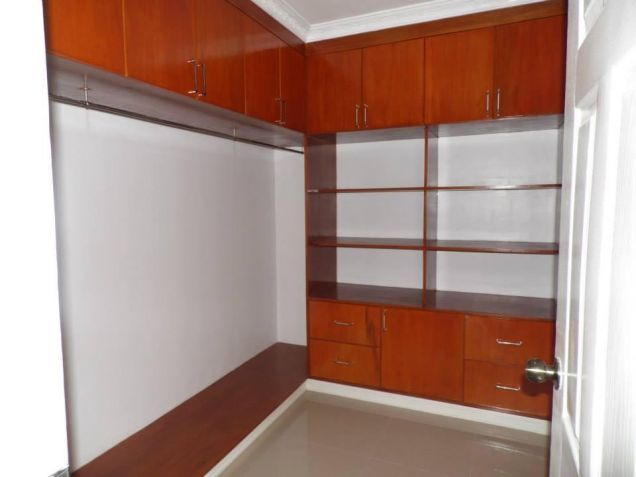 3 Bedroom House With Spacious Rooms For Rent In Angeles City - 8