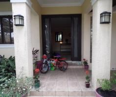 with Swimmingpool House & Lot for RENT in Angeles City - 9