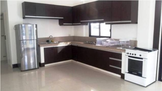 Fully Furnished 3 Bedroom House near SM Clark For Rent - @45K - 7