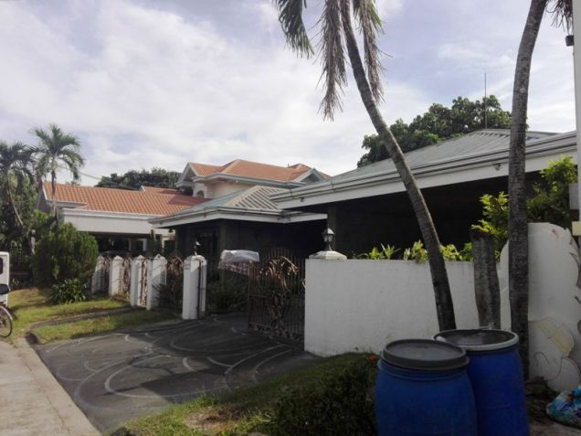 600sqm Bungalow House & Lot For Rent In Angeles City Near Nepo Mall - 0
