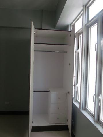 Studio Unit for Sale at Mckinley Taguig Clean Title Ideal for Investment - 4
