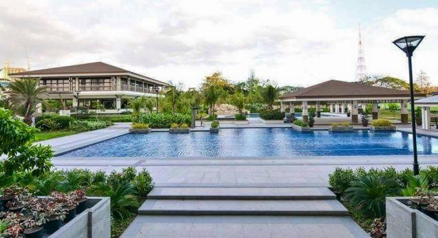 Condo Quezon City area near SM North Zinnia Towers 3 Bedrooms condo - 9
