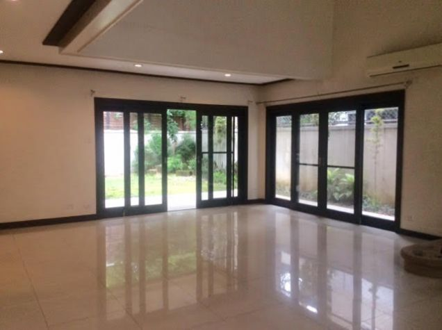Acropolis Modern House For Lease across Eastwood - 2