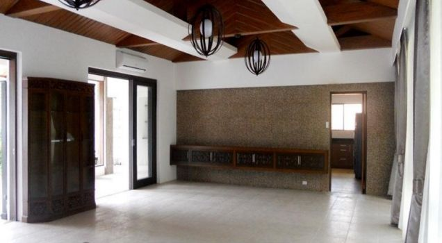 4 Bedroom House for Rent in Dasmarinas Village, Makati City(All Direct Listings) - 2