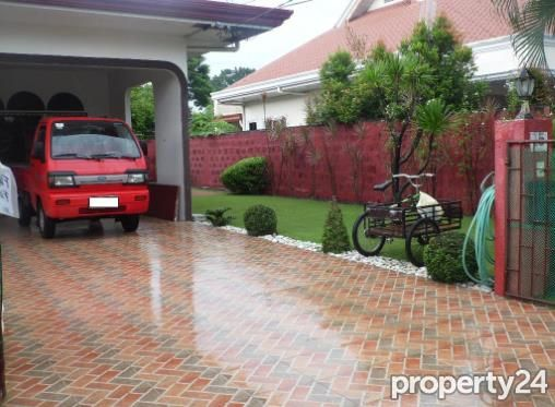 Fully Furnished Bungalow House for rent near SM Clark - 40K - 7