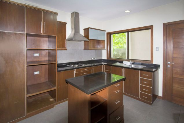 4 Bedroom House for Rent in Maria Luisa Park - 2
