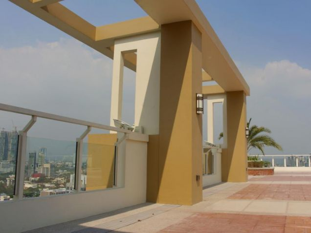 1 Bedroom Condo With QC Skyline View for Sale. Viera Residences. Near GMA, ABS - 6