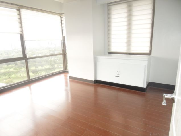 Two Bedrooms for sale in Bellagio 3, Taguig City - 4