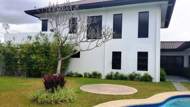 4 Bedroom furnished house with swimming pool FOR RENT ! - P120K - 0