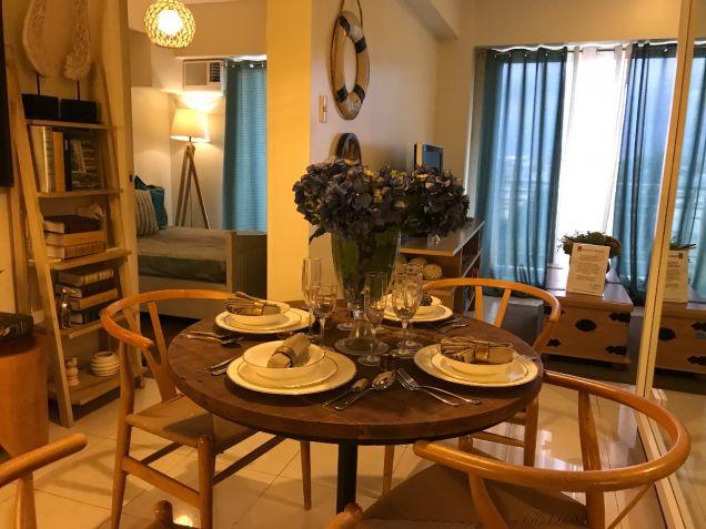 Cheap 1 bedroom Resort type Condominium near LRT SM North Nlex - 4