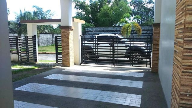 3 Bedroom Semi Furnished House for rent in Hensonville - 50K - 7