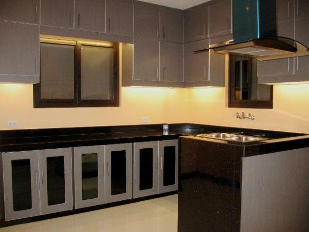 Big House for rent in Banilad, Cebu City 4 Bedrooms unfurnished - 2