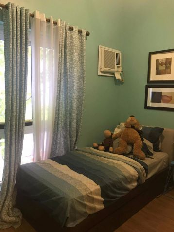 Fr Sale 3 bedroom 2 Toilet and Bath Condo in Pasig Lumiere near The Fort BGC - 0