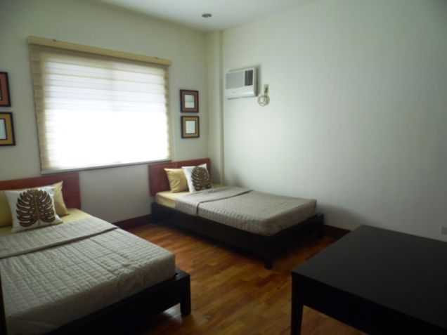 Two (2)-Storey Furnished 3 Bedroom House & Lot For Rent In Hensonville Angeles City... - 7