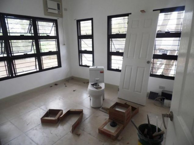 Unfurnished 4 Bedroom For Rent in Angeles City - 3