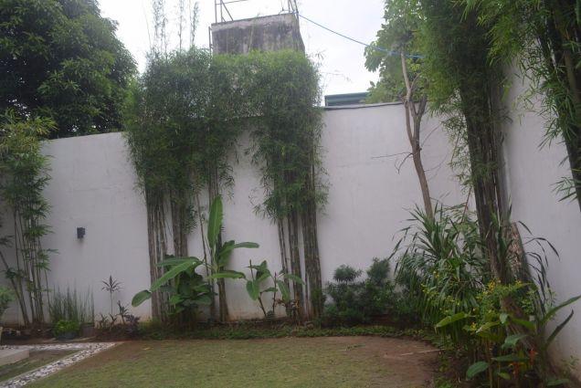 Banilad 2 storey house with 4bedrooms fully furnished inside paradise P180K - 5